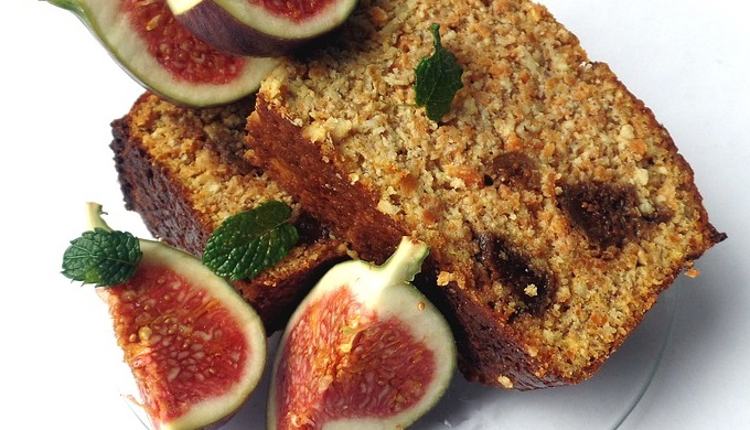 Fig Bread with Fresh Fruit