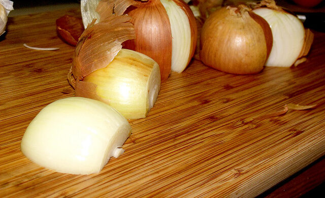 Onions: The Natural Way to Fight Colds and Flu