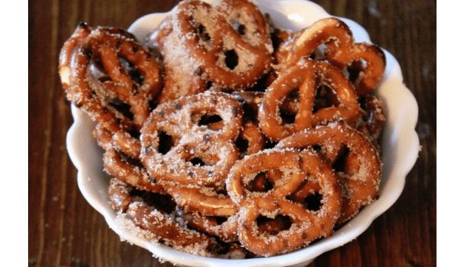 Food gifts cinnamon sugar biscotti