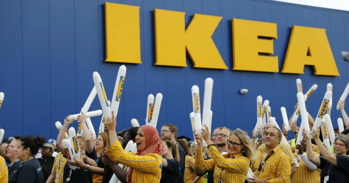 Ikea 39 s 4th texas store had grand opened in grand prairie for Ikea grand prairie opening date