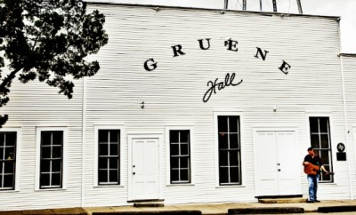 two-stepping | Gruene Hall