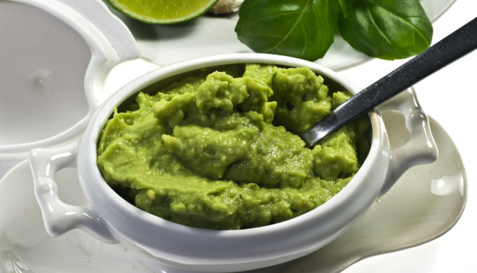 A Guacamole that Will Have You Developing Deep Feelings for Avocados