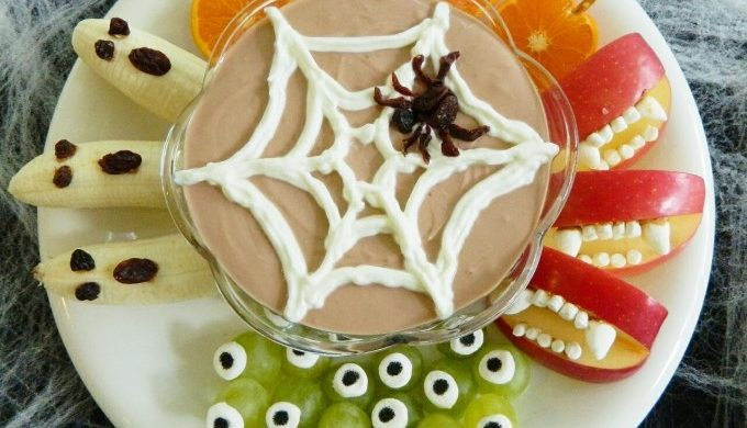 halloween-fruit-snack-dip