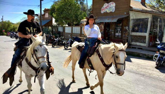 Horseback riding Bandera