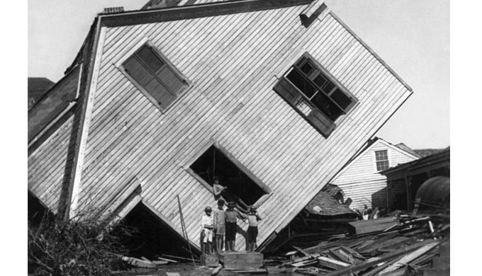 Houses got tossed like toys in the storm of 1900