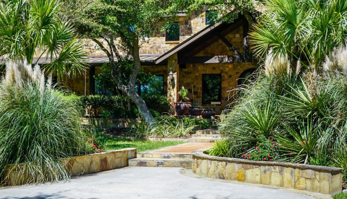 This Luxury Texas Ranch Resort has Now Reopened