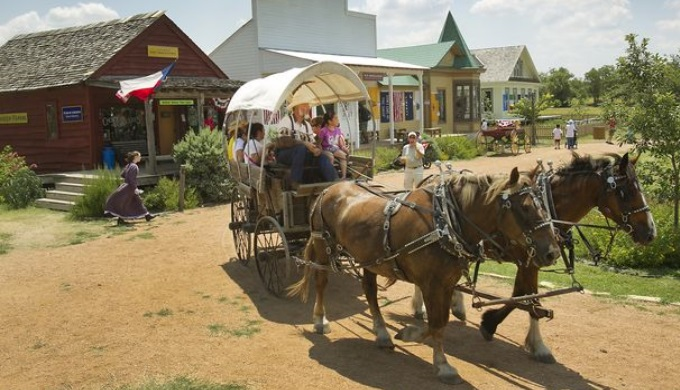 Jourdan Bachman Pioneer Farms Living History Park