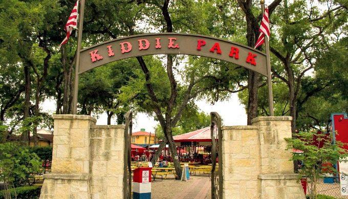 Kiddie Park entrance