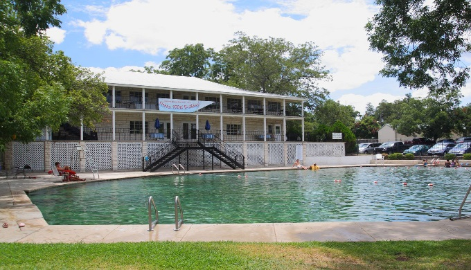 Lampasas Activities Hancock Springs Pool