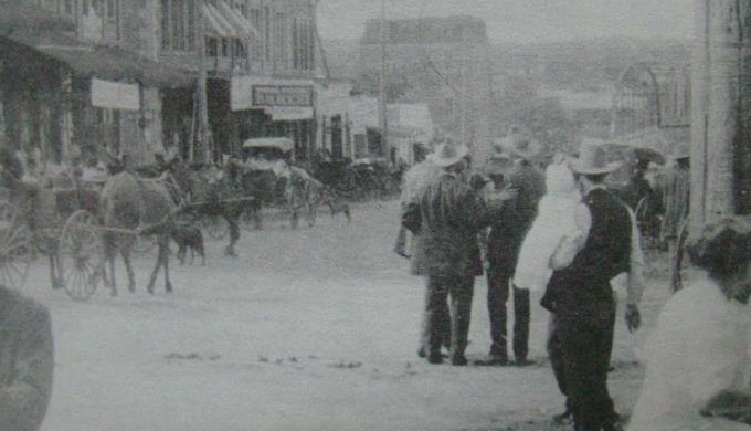 Llano County History 1890 People in the Street