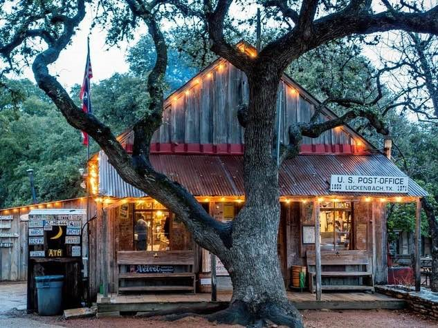 Hill country food truck festival rolls into luckenbach for Argents hill country cuisine