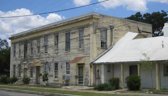 Magnolia Hotel Before the Renovations