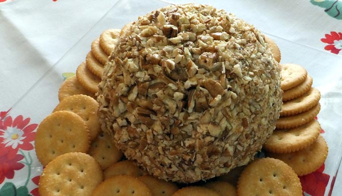 "Mama's ""Puh-Con"" Cheese Ball"