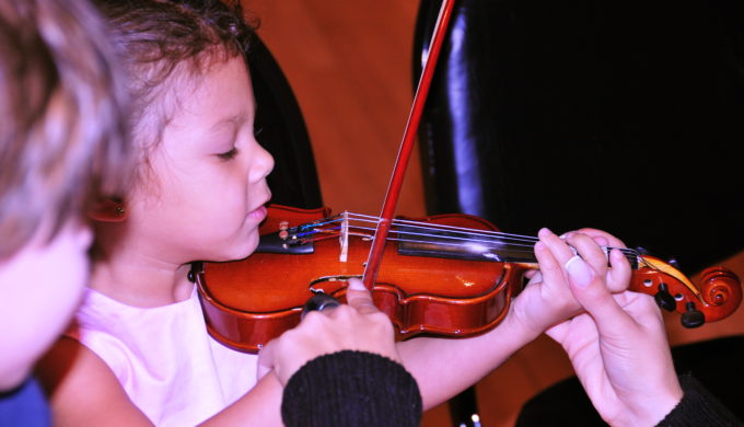Llano Fiddle Fest Weekend is Where the Rosin Flies & Folks Have Fun