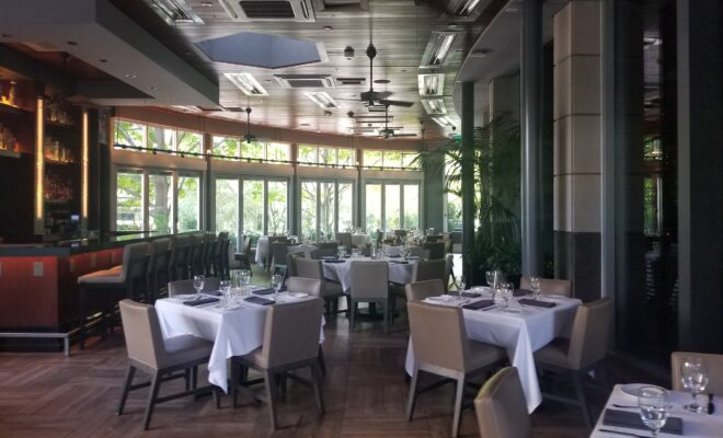 Ocean Prime Dallas Offers Guests the Royal Treatment