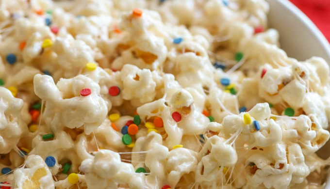 Popcorn recipes Birthday cake popcorn