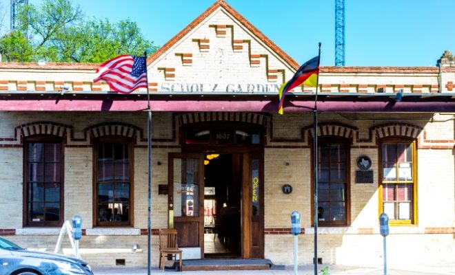 Scholz Garten Oldest Bar In Texas Oldest Biergarten In U S