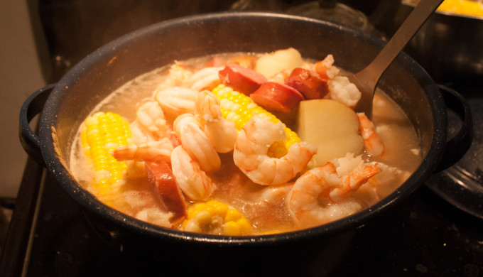 seafood boiling in pot