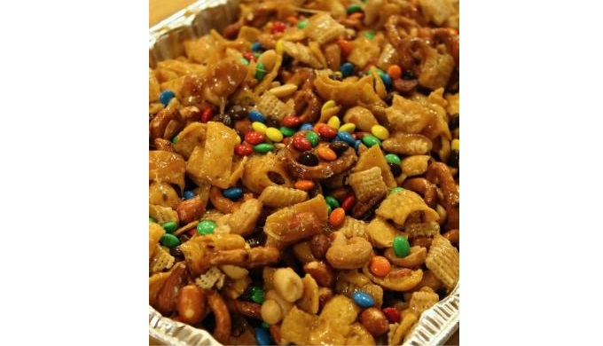 Snack mix recipes Sweet and Salty Frito Snack Mix