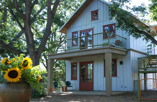 Six Amazing Places to Overnight in Wimberley