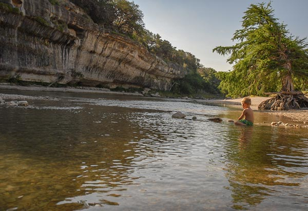 This great location for hiking, swimming and many other outdoors activities is a popular summer swimming destination marked by its tall riverside cliffs.