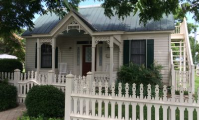 Tiny House in Fredericksburg Historic District