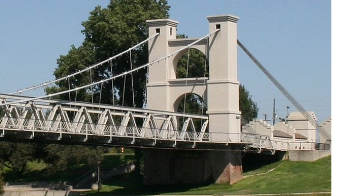 Texas bridges such as the Waco suspension bridge are distinctive in their design