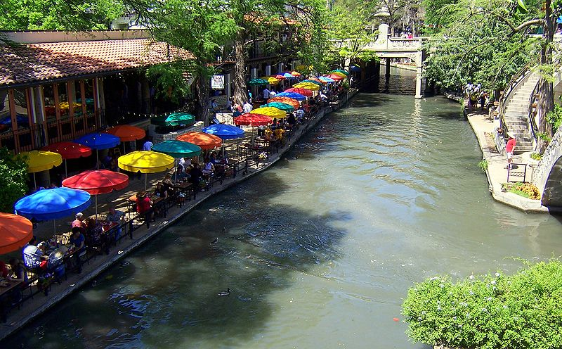 San Antonio River Walk Flood Control System Preserves Downtown