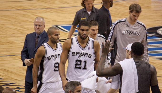 Spurs Fans Show Same Longevity as Duncan