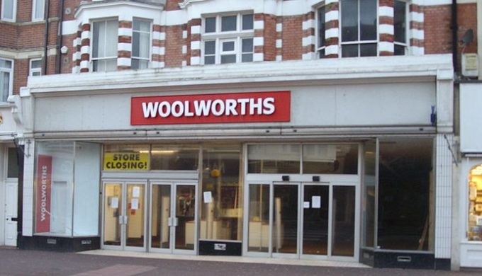 Woolworths popularlized the Christmas pickle in the US