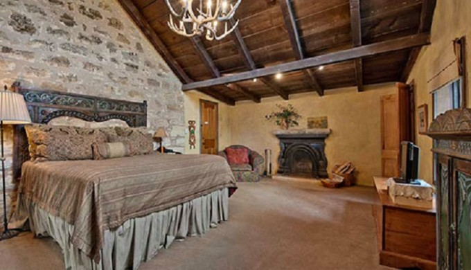Western Design Decor In The Texas Hill Country