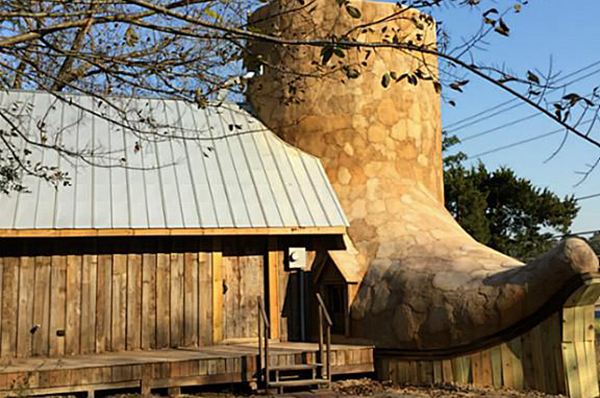 Boot House For Rent In Huntsville Texas