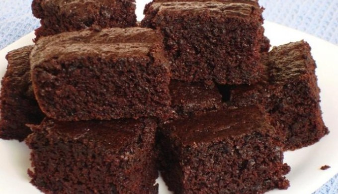 stacked chocolate cake pieces