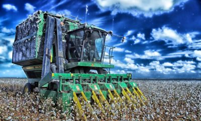 Texas Farmers Help Neighbor Battling Cancer to Harvest His Cotton Crop