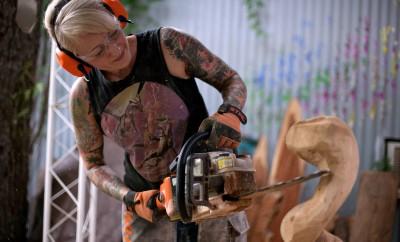 chainsaw art