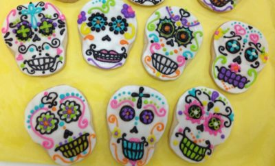 Day of the Dead Cookies are a Great Way to Get Kids Involved