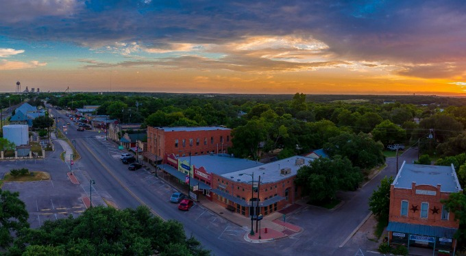 Small Town-Cool City Living: The 5 Coolest Things About Living in Buda, Texas