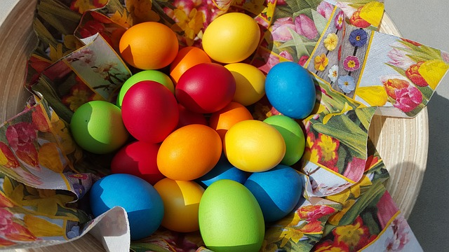 4 Eggstravanganza Easter Egg Hunts In The Hill Country