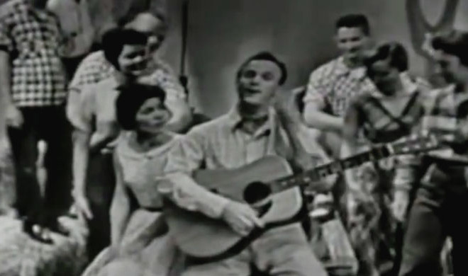 Watch The Legendary Eddy Arnold Sing Cattle Call