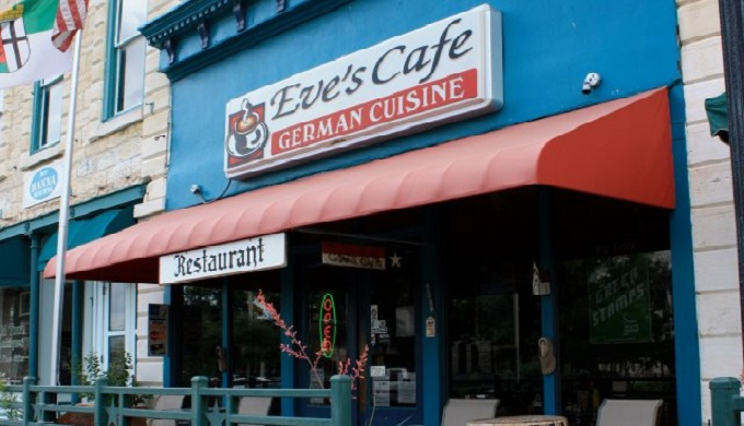 Front of Eve's Cafe as an iconic cafe