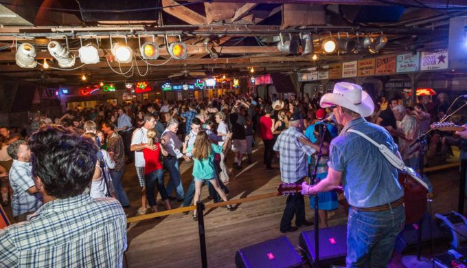 Put Your Best Foot Forward: The Texas Dance Hall Experience