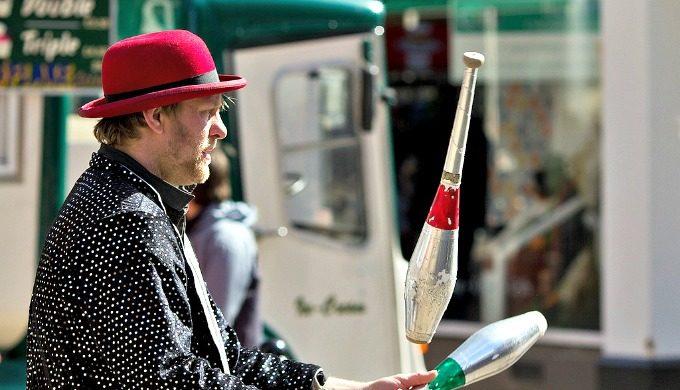 history of juggling