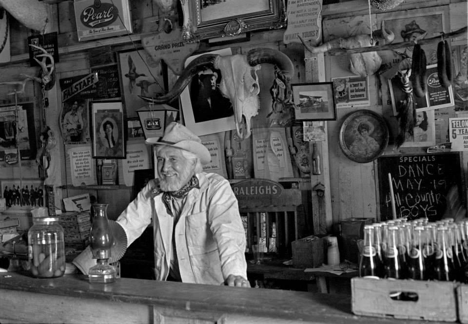 hondo crouch at bar