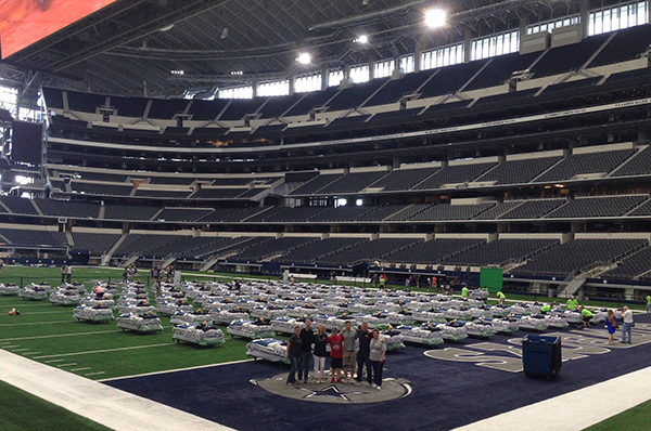 722990d97f7 In Sleepover of a Lifetime, Kids Slept on Dallas Cowboy's Field