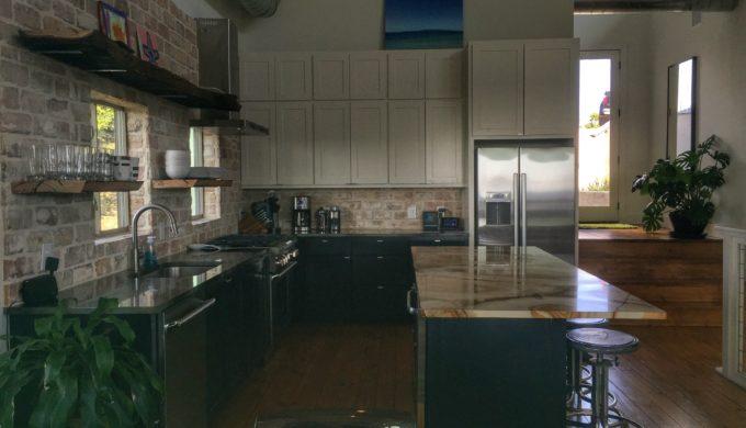 SKYHOUSE Kitchen