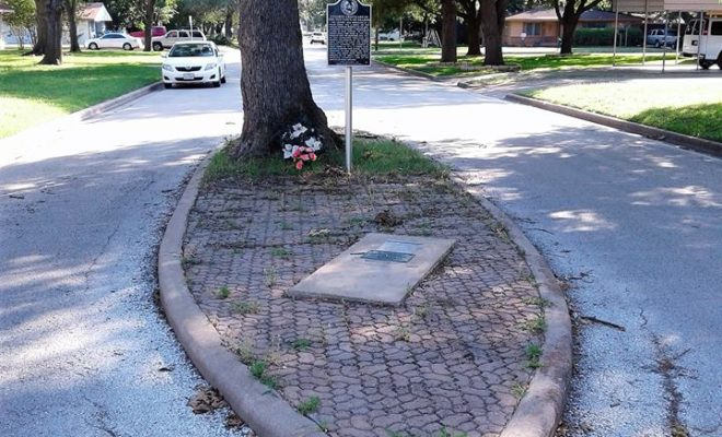 The Grave in the Middle of the Road: A Strange Texas Tale