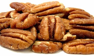 pecans from Jumbo Hollis tree