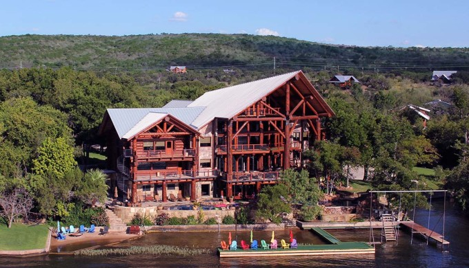 5 exotic places to stay overnight in the hill country for Texas cabins in the woods