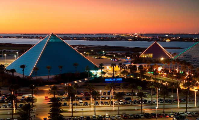 Moody Gardens Christmas.Galveston S Moody Gardens Aquarium To Reopen After Years Of