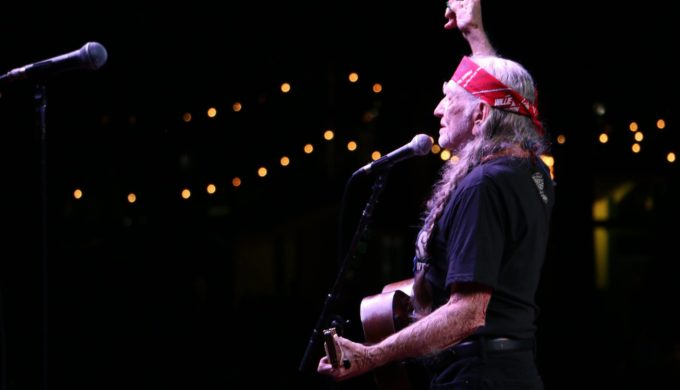 George Strait and Willie Nelson Perform First-Ever Duet Together